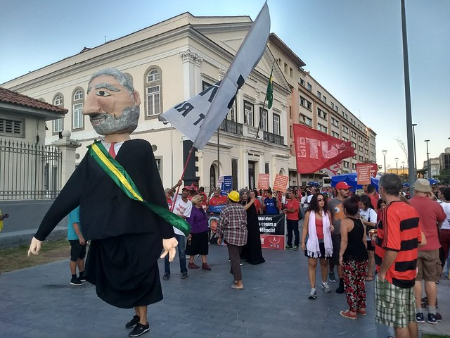 No Rio, a manifestação saiu da Praça XV, passando pelo Boulevard Olímpico até a Praça Mauá, também na região central da cidade  - Créditos: Mariana Pitasse