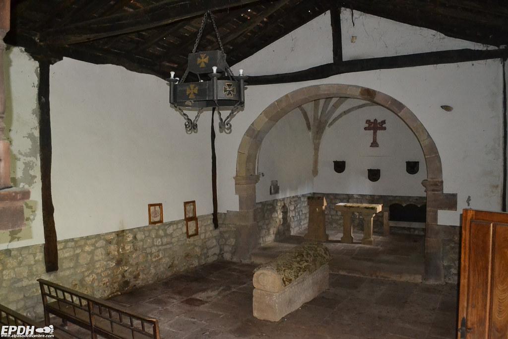 interior ermita san fructuoso