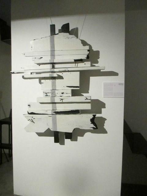Dalla Guerra al Pensiero - 49x39x10 cm. painted wood and metal 2014