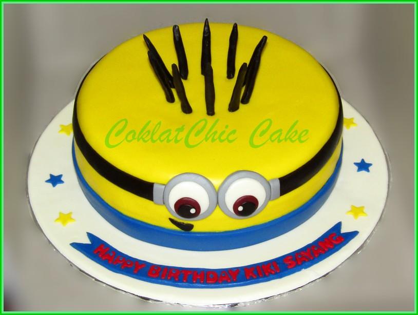 Cake Minion KIKI 20 cm