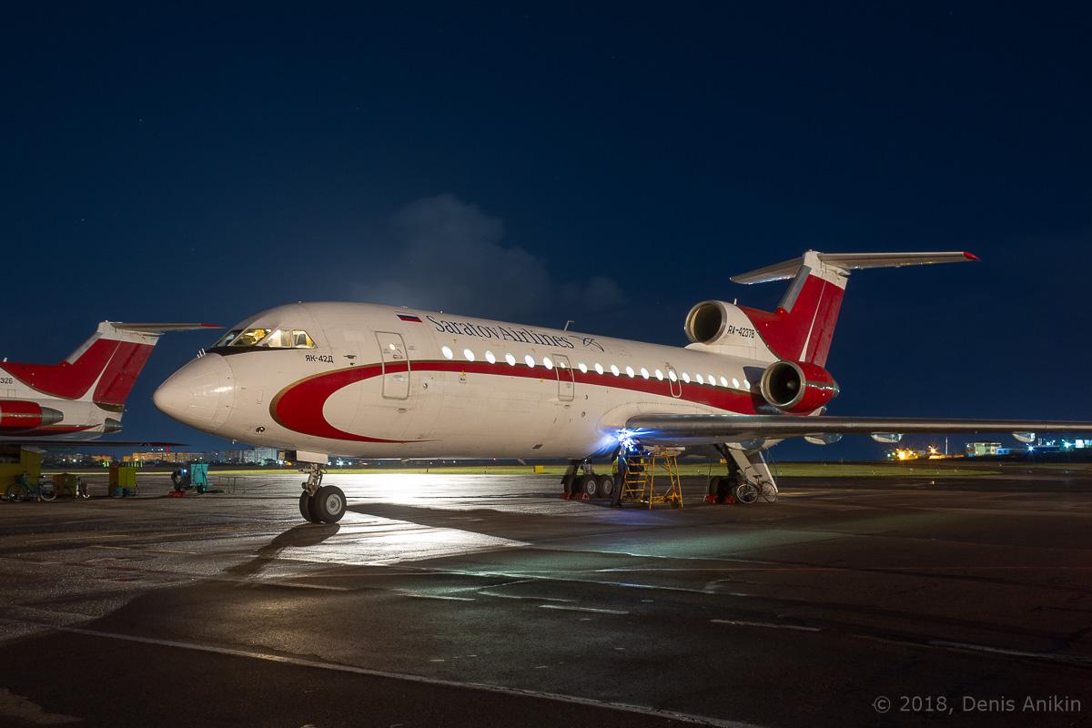 Як-42 ночью фото 5