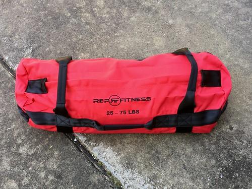 Rep fitness medium sandbag filling