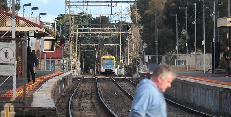 Upfield train approaching Jewell