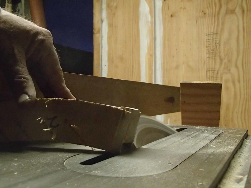 Cutting Louvre Grooves on Table Saw