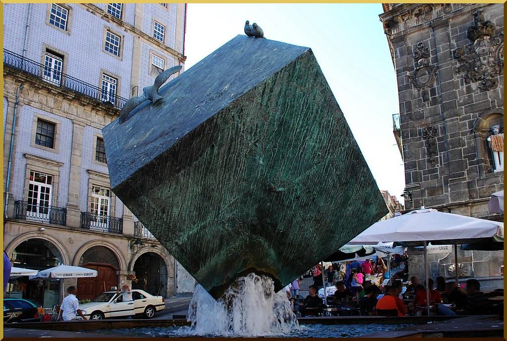 Cubo (Oporto, Portugal, 17-7-2010)