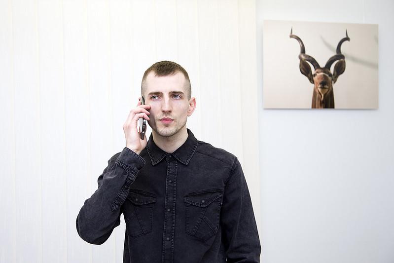 """Indywidualna wystawa prac Artura Kucharczaka """"Tanatoza"""""""