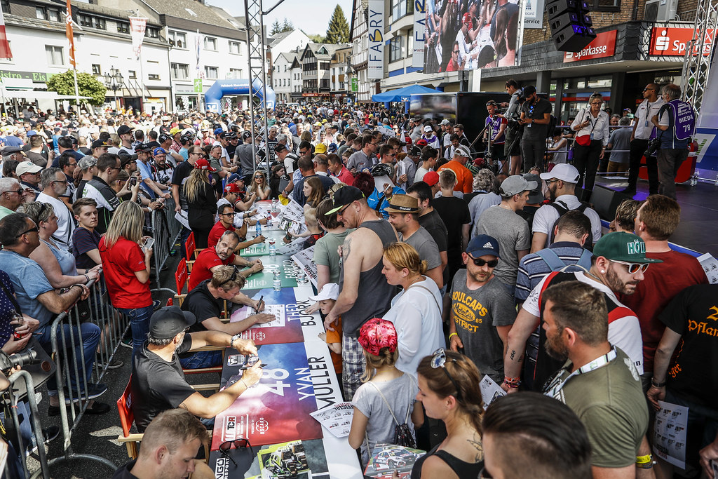 Autograph session during the 2018 FIA WTCR World Touring Car cup of Nurburgring, Germany from May 10 to 12 - Photo Florent Gooden / DPPI