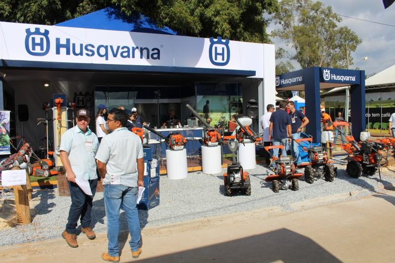 Focada em inovação, Husqvarna leva para a Expocafé suas soluções para o setor cafeeiro