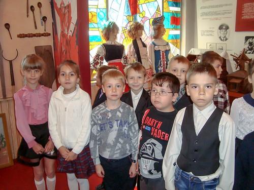 Екскурсія до шкільного музею присвячена Дню пам'яті та примирення, 2-Б, 04.05.18