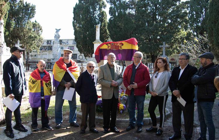 Homenaje a las víctimas del fascismo 14-4-182