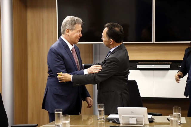 Prefeitura e Banco do Brasil alinham financiamento de obras para Manaus