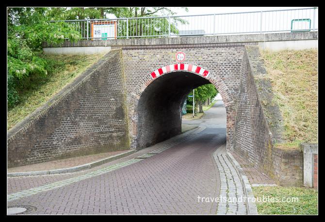 Te hoog viaduct