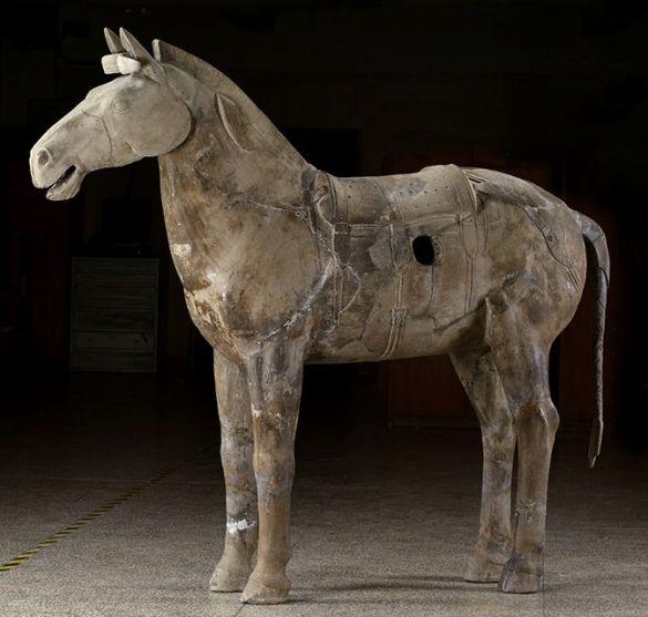 CavalryHorseQinDynasty221–206BCEarthenwareExcavatedFromPit2QinShihuang'sMausoleum