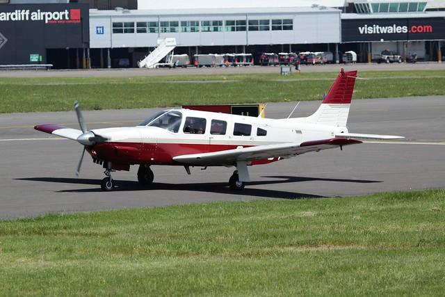 Piper PA-32R-301 Saratoga SP G-JPOT