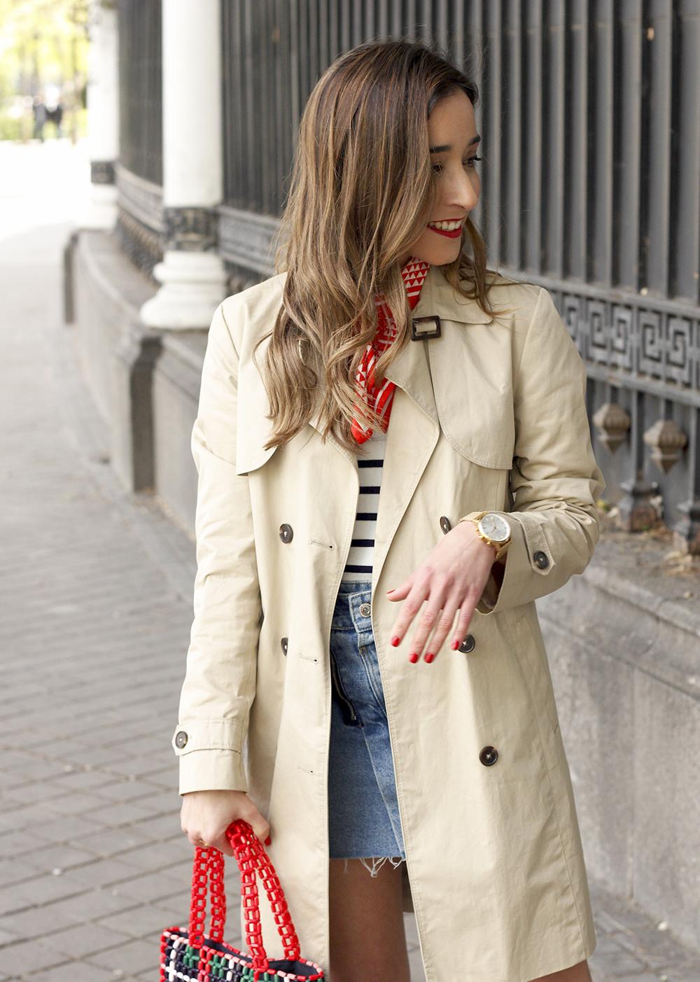 trench outfit denim skirt kitten heels striped sweater spring 12