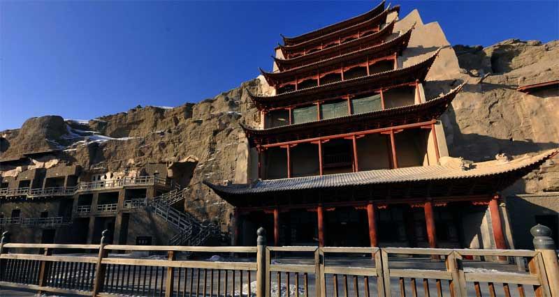 Gua Mogao atau Gua Dunhuang yang juga dikenal sebagai Gua Seribu Buddha di Gansu, Tiongkok. Foto: Panorama Dunhuang Research Academy