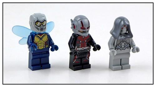 LEGO Marvel Superheroes 76109 Quantum Realm Explorers 11