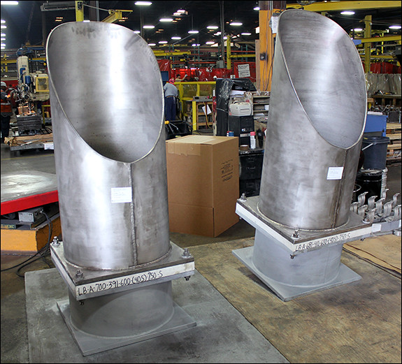 Trunnions Designed for a Cryogenic Pipeline at an LNG Facility