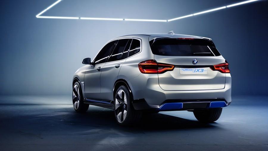 BMW Concept iX3  3