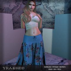 <T>flower skirt