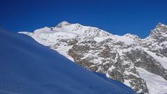 Piz Bernina 4048m i słynna Biała Grań (Bianco Gratt).