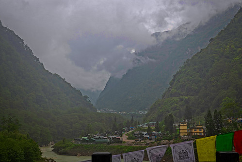 sikkimindia2018 sikkim india in himalayanvillage foggymountainranges