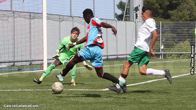 Manneh sta per scoccare il tiro dell'1-0