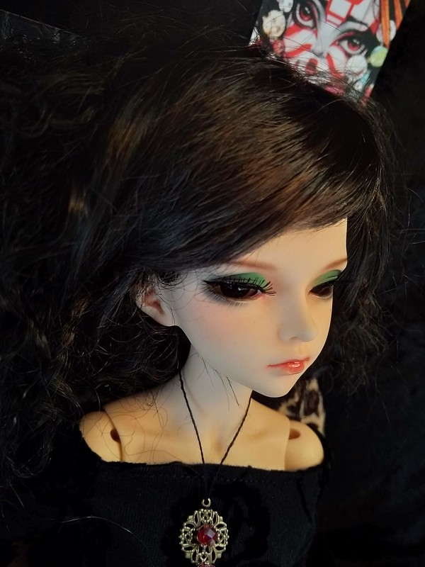 Dark ladies - Carmen, petite sorcière p.16 - Page 13 41632702892_184abfb95e_c
