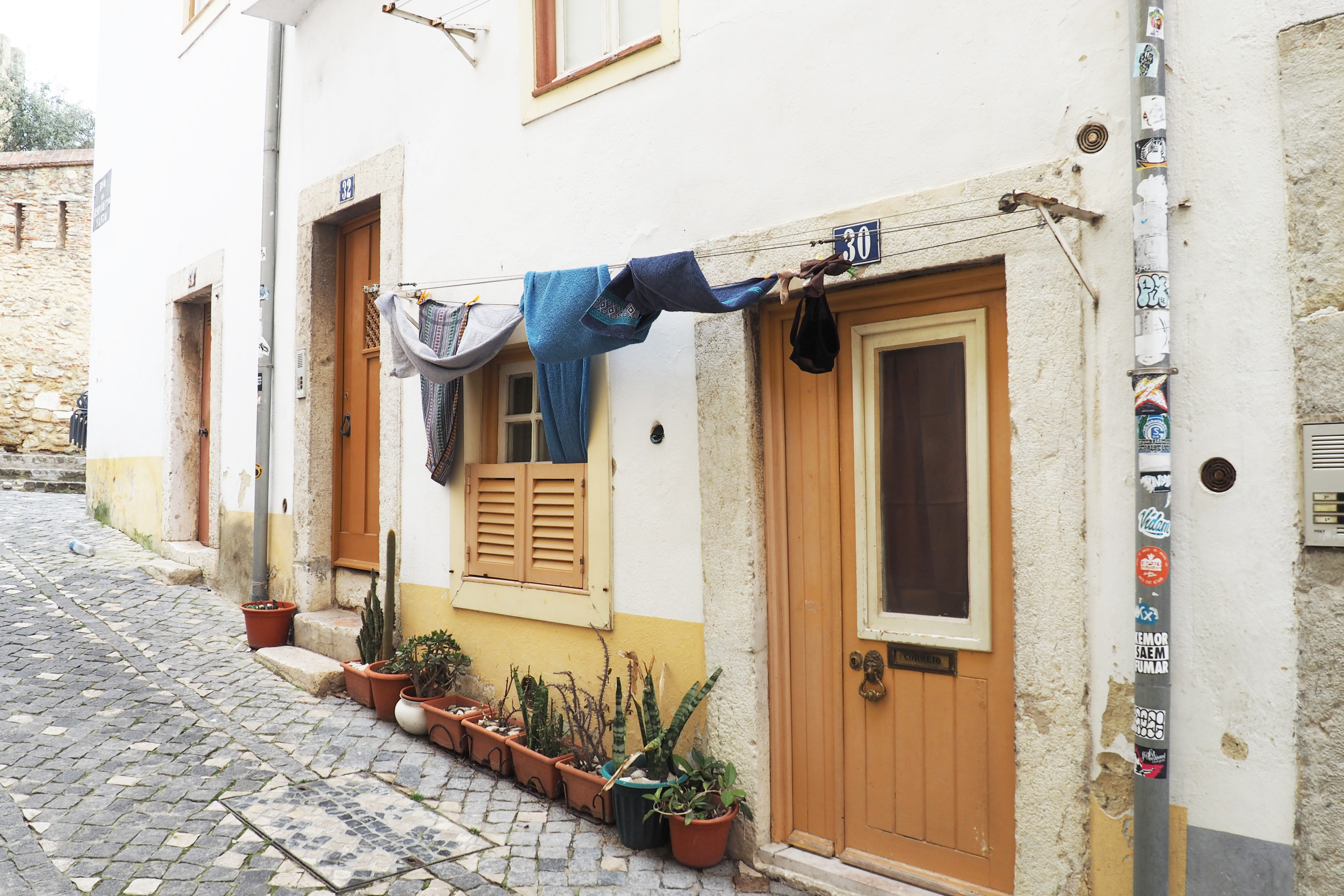 alfama district city guide lisbon 2