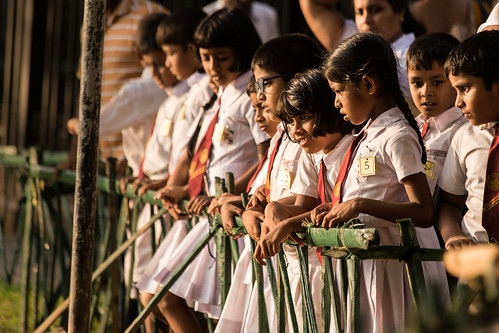 srilanka kandy canon sunset children kids school asia