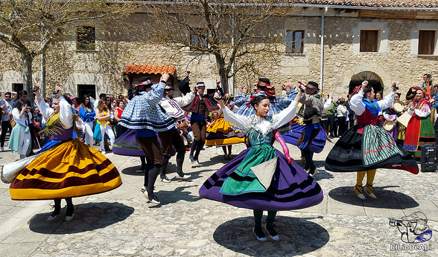 Danzas Burgalesas Justo del Río en la Romería Popular a Santa Casilda 4