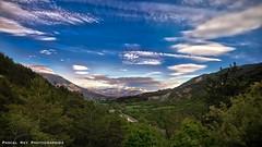 Verte vallée en Pays de Buëch, en contrebas: La Beaume (Hautes-Alpes).