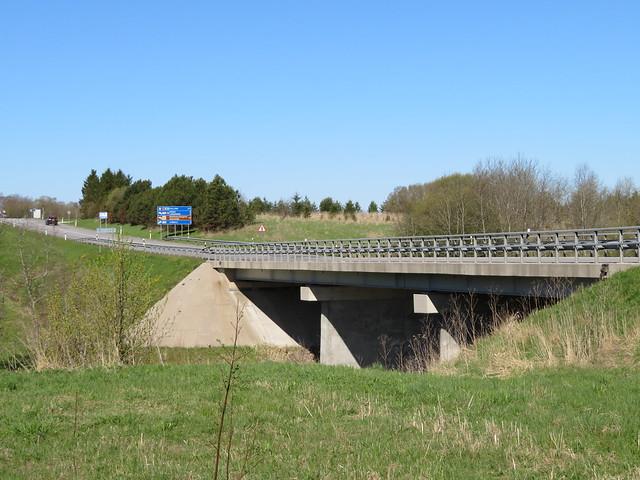 Purtse jõe sild üle Narva maantee