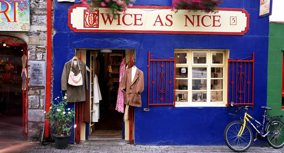 Bezienswaardigheden Galway, Ierland: gekleurde shop fronts in Galway | Mooistestedentrips.nl