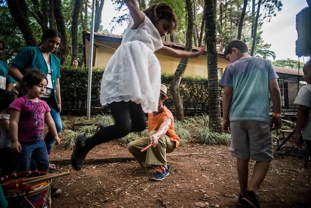 Diversão, cultura e alimento saudável para a criançada na Feira da Reforma Agrária