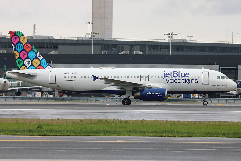 "N603JB | Airbus A320-232 | jetBlue Airways ""To Beach Their Own"" (special ""jetBlue vacations"" colours)"