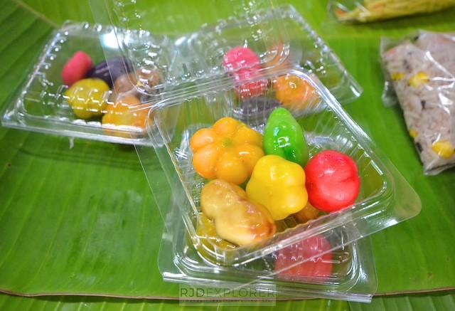 chiang mai itinerary thailand mung bean cakes