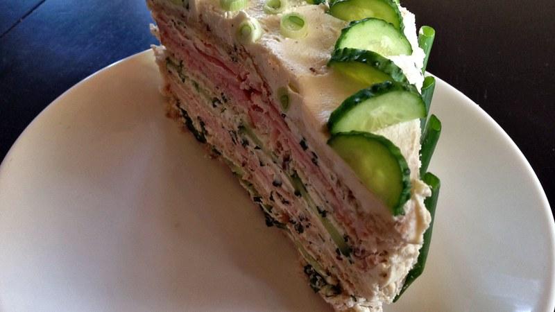 Бутербродный торт с творожным сыром
