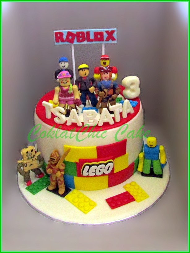 Cake Roblox TSABATA 18 cm