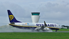Boeing 737-8AS / Ryanair / EI-DWC (With