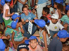 04-05-2018: Visita dos jogadores do Londrina ao Projeto Viva a Vida, do União da Vitória
