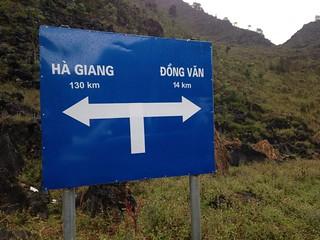 サフィン(Sa Phin)から14キロ歩いてドンバン(Dong Van)に帰る