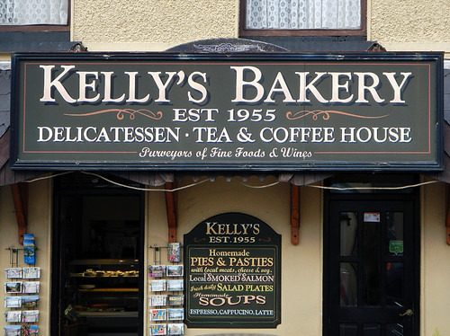 Kelly's Bakery for an excellent breakfast in Sneem, Ireland
