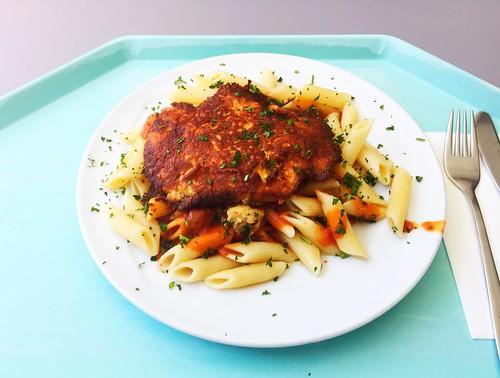 "Turkey steak ""Picatte Milanese"" with tomato sauce & butter noodles / Putenschnitzel ""Picatta Milanese"" mit Tomatensugo & Butternudeln"