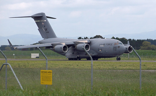 US Air Force Boeing C-17 Globemaster III AK 90168 - RNZAF Base Ohakea