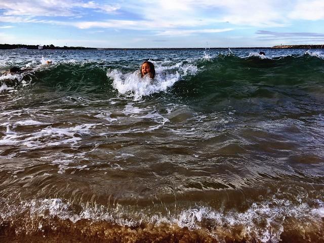 Whiting Beach. Waves.