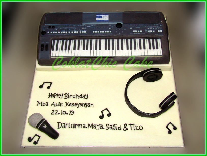 Cake Keyboard YAMAHA Mba Atik 20 cm