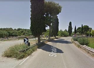 Un tratto pericoloso di via Castellana