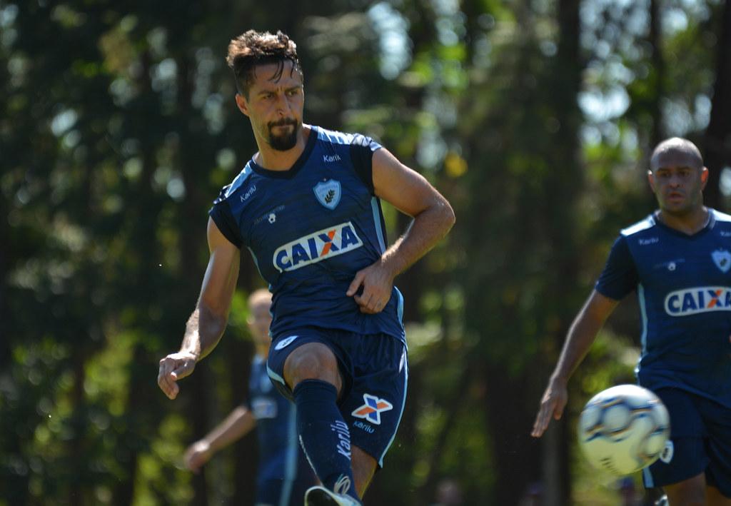 Dirceu_Londrina_30-04-2018_Foto_GustavoOliveira_01_