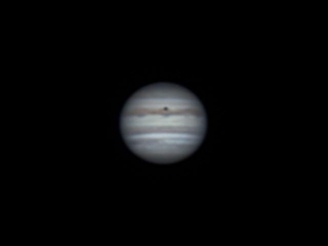 木星とイオの影 (2018/5/5 00:07)